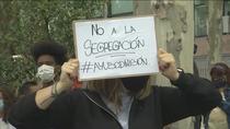 Cientos de personas protestan en Usera y La Latina por lo que consideran un confinamiento clasista