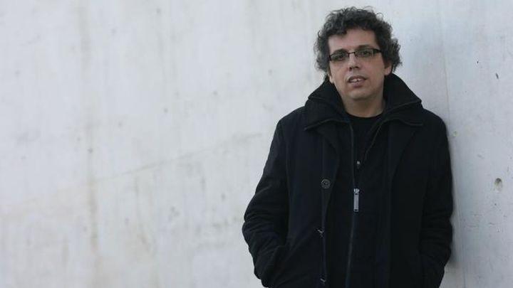 El compositor Pedro Guerra dedica su canción 'Alzheimer' a enfermos y cuidadores