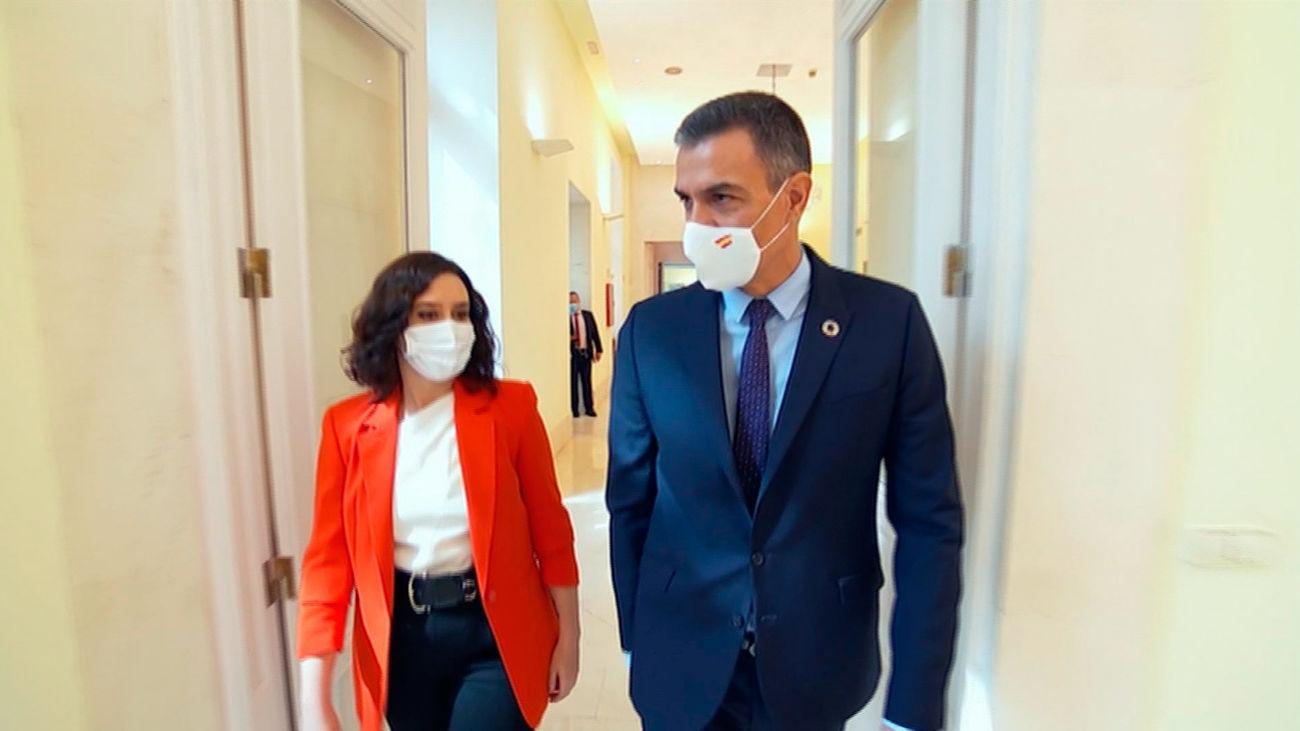 Isabel Díaz Ayuso y Pedro Sánchez se reúnen en Sol para tratar la crisis pandémica de Madrid