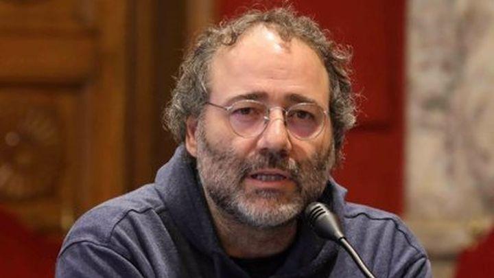 Quique Villalobos, presidente de la Fravm, indignado con las nuevas medidas restrictivas por barrios