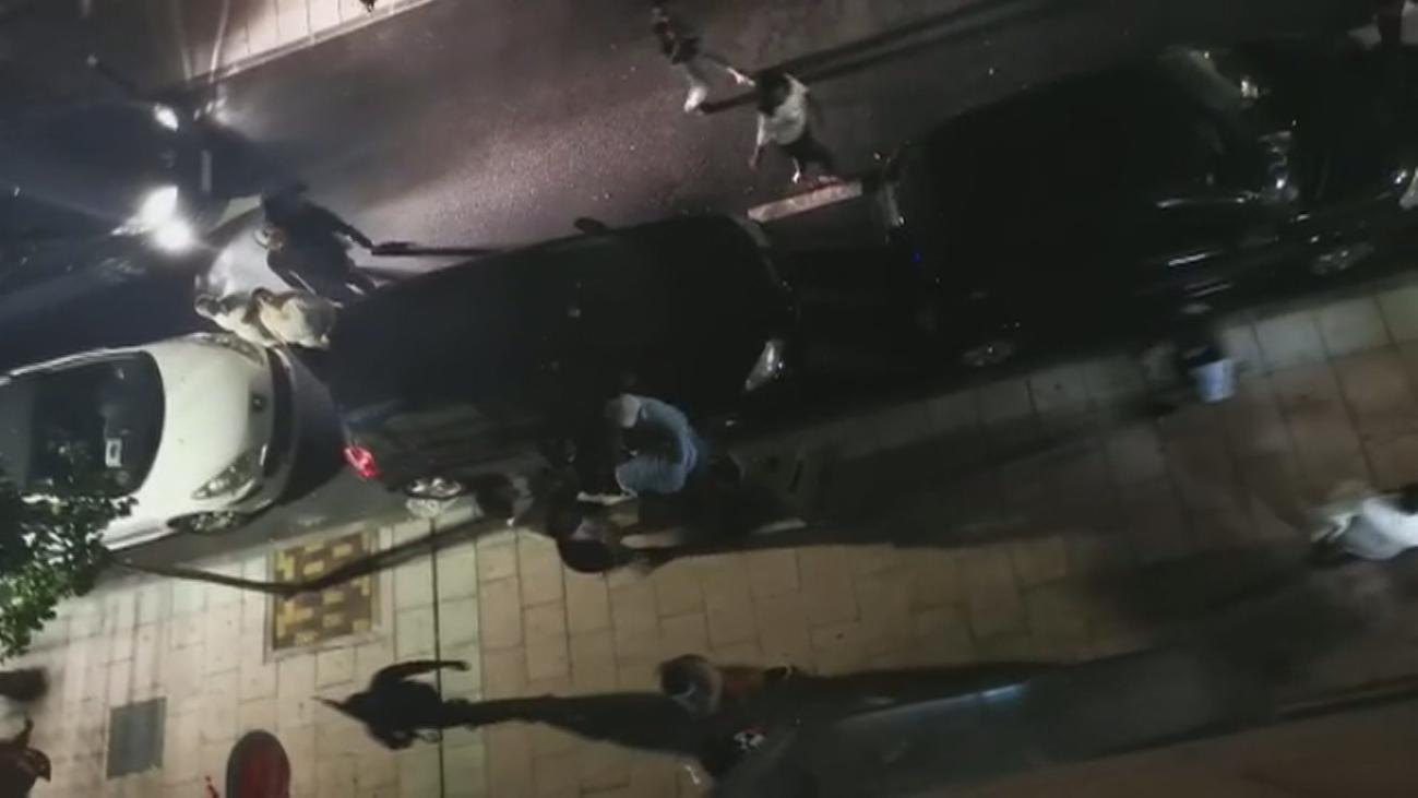 Pelea a puñetazo limpio en plena calle en Torrejón de Ardoz