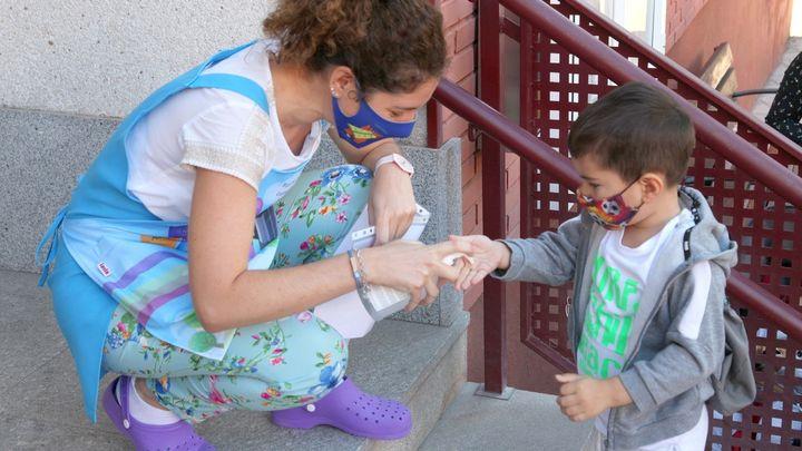 Alcobendas dota a sus colegios con cuatro auxiliares de enfermería