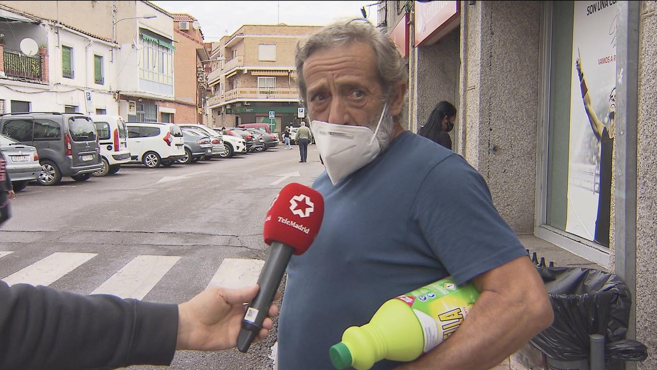 Los vecinos de Villa del Prado se preparan con resignación a las posibles restricciones de movilidad
