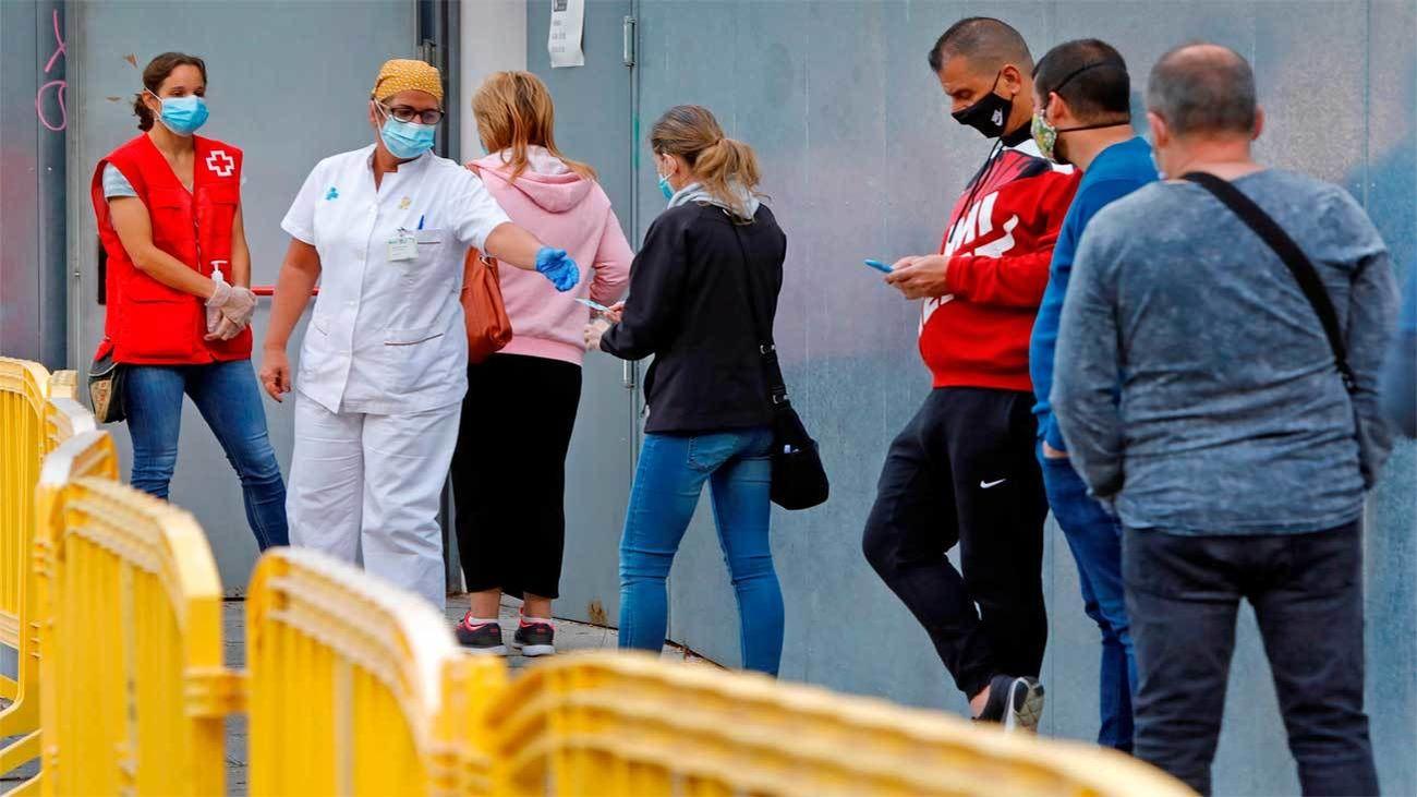 Sanidad notifica 12.272  nuevos casos de Covid-19 y 114 muertes