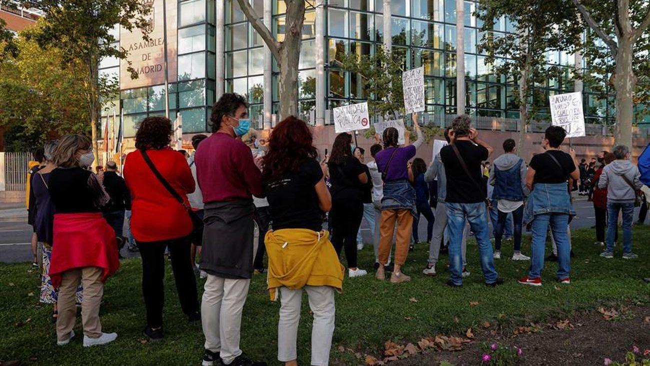 Atacan con piedras una unidad de Policía Municipal en Vallecas