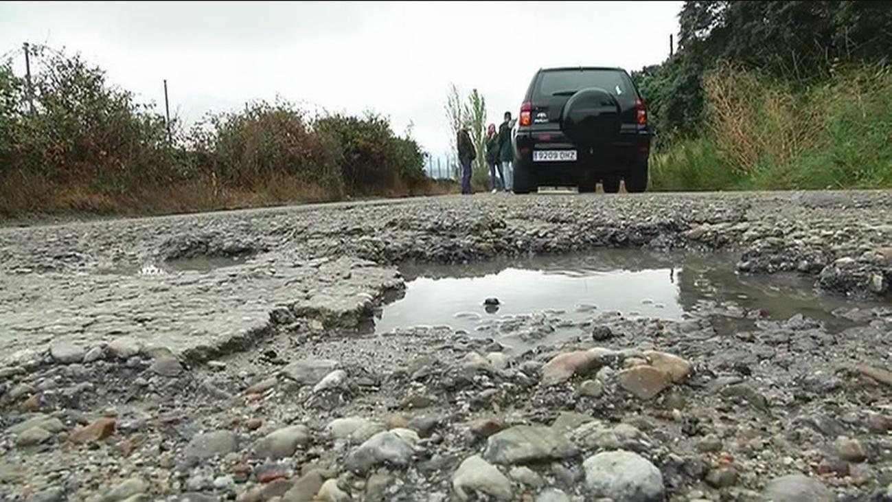 Cansados del mal estado de los caminos en Colmenar Viejo