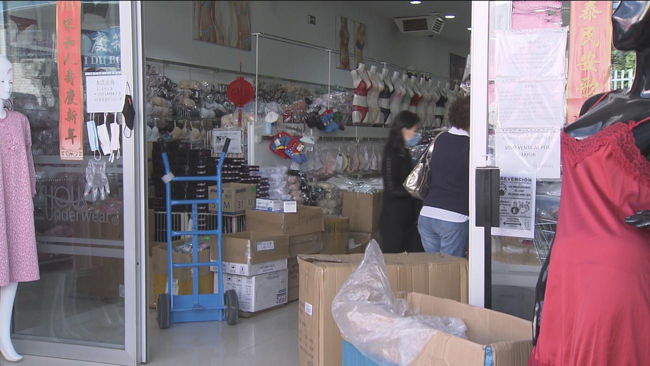 Los mayoristas adelantan sus compras en Cobo Calleja por el miedo a las restricciones de movilidad