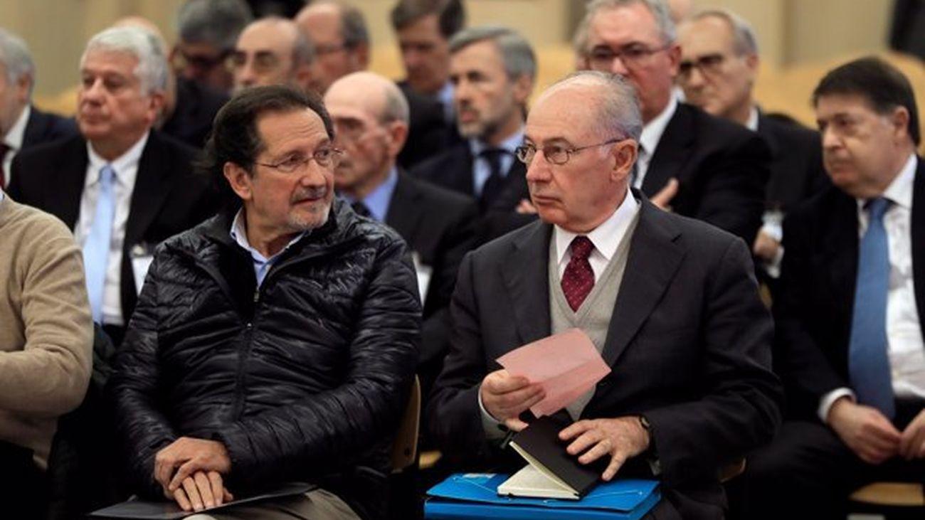 Rato y los otros 33 acusados por la salida a Bolsa de Bankia durante el juicio