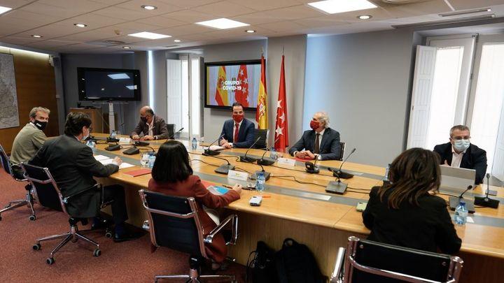 Madrid anuncia un acuerdo con el Gobierno sobre cómo y dónde aplicar las restricciones