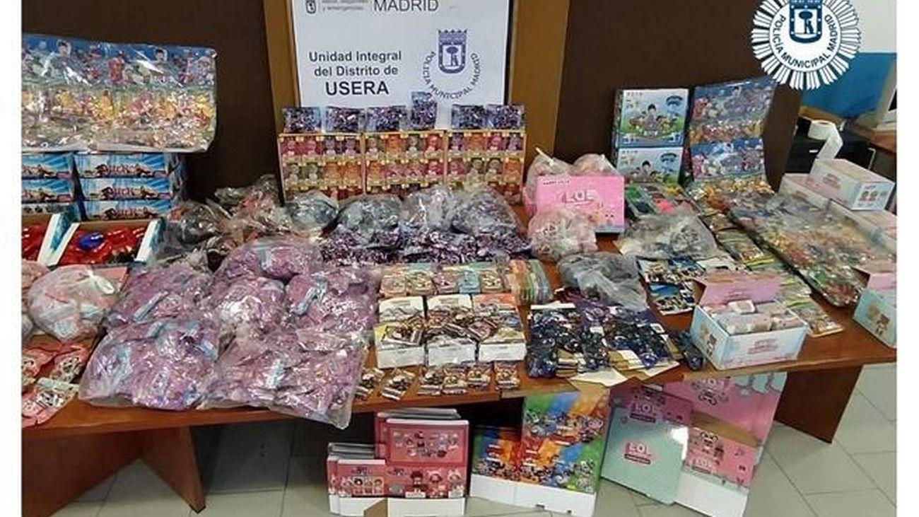 La Policía Municipal incauta más de 5.000 artículos infantiles falsificados en Usera