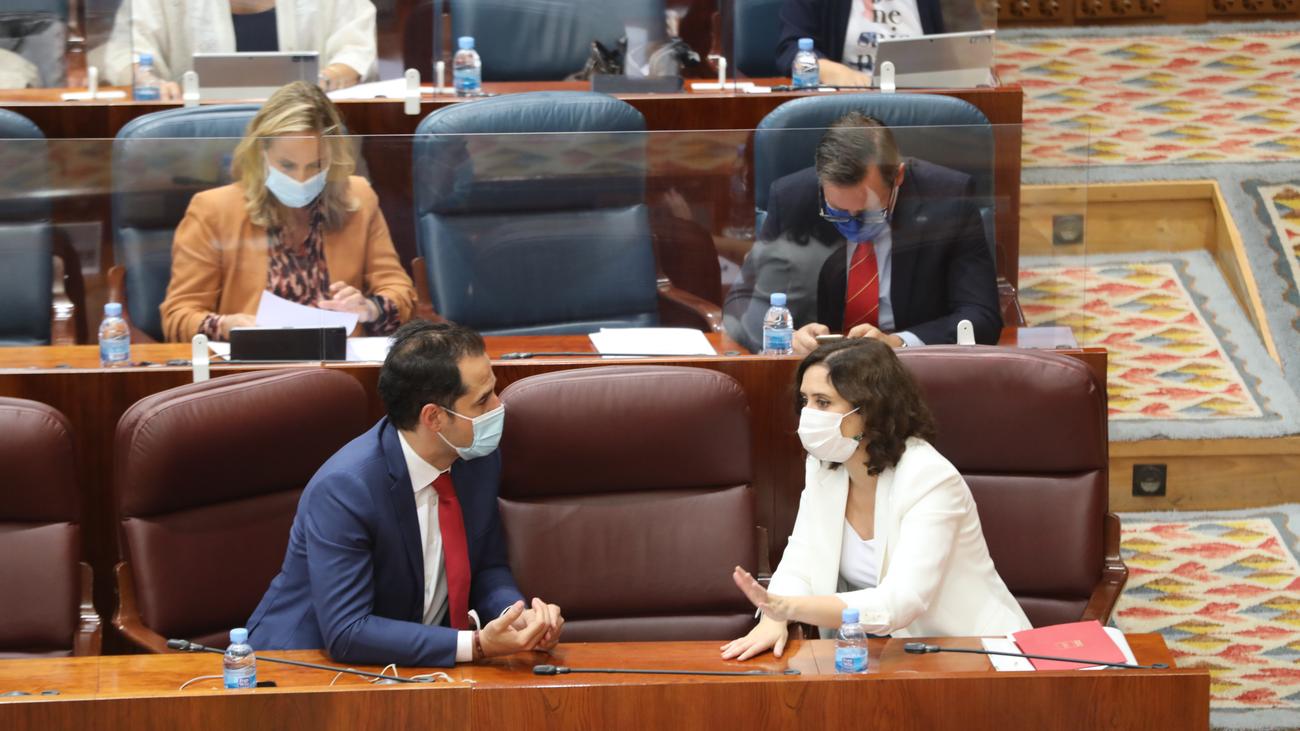 """La oposición critica en la Asamblea de Madrid el """"espectáculo"""" de la Comunidad con la crisis del coronavirus"""