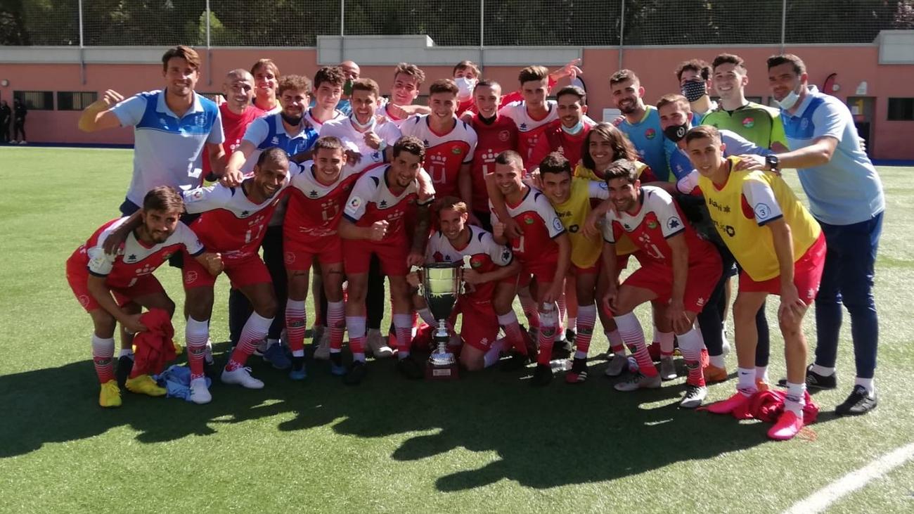 El CD Móstoles, bicampeón de la Copa RFFM y de la Copa Autonómica RFEF