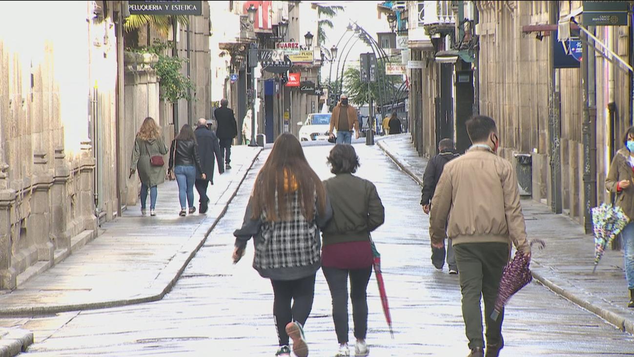 Las restricciones y confinamientos por el Covid afectan ya a 6 millones de españoles y a 8 regiones