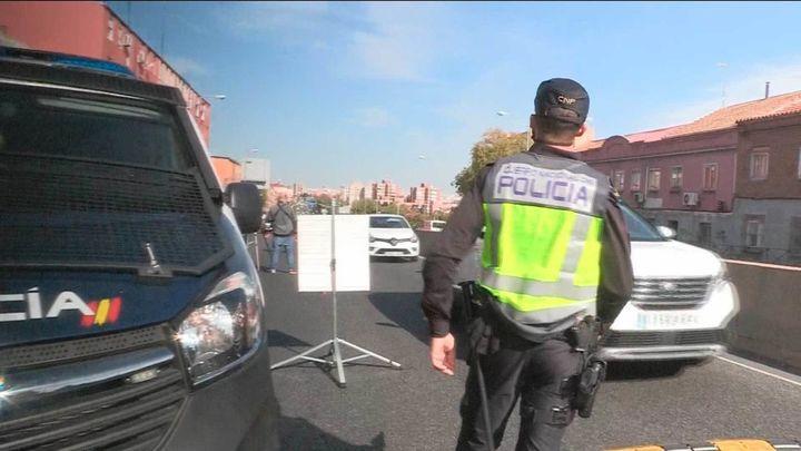 Los desplazamientos de salida de Madrid caen un 43% el viernes del puente del Pilar