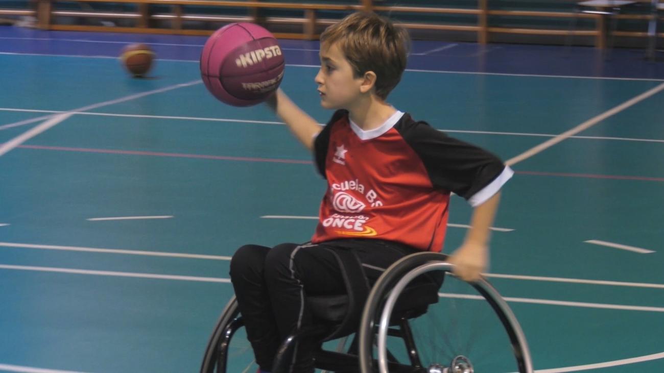 Carlos Berrio, el baloncesto en silla de ruedas como terapia