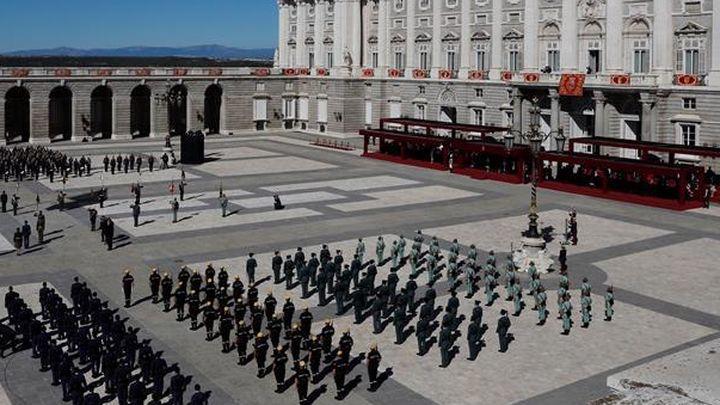 Las mejores imágenes del acto militar en el Palacio Real por el Día de la Fiesta Nacional