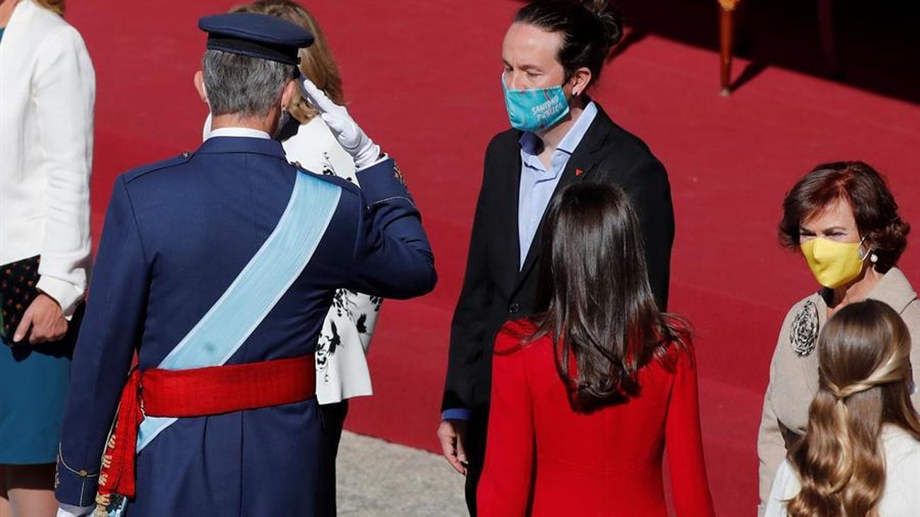 Pablo Iglesias se estrena en los actos del Día de la Fiesta Nacional