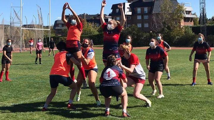 Echa a andar elproyecto emerging femenino del Rugby Majadahonda
