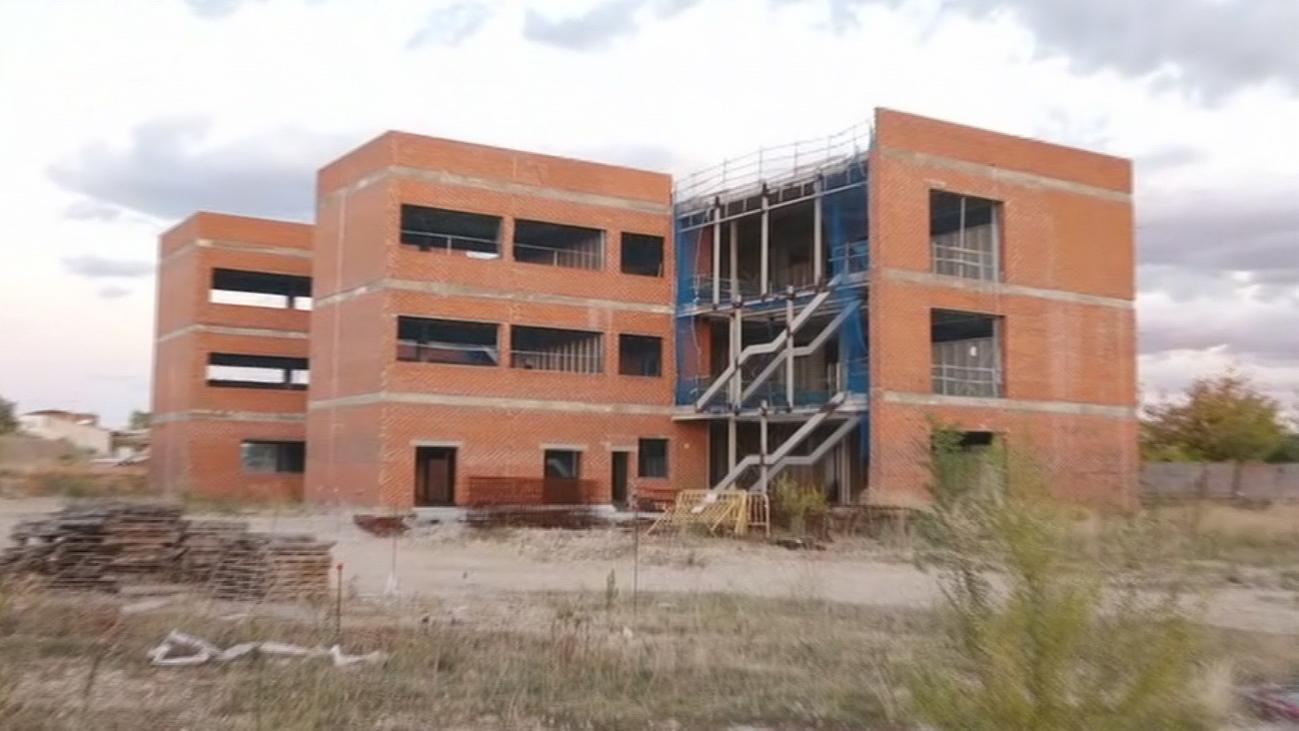 Más de 200 alumnos estudian en barracones en Alcalá de Henares