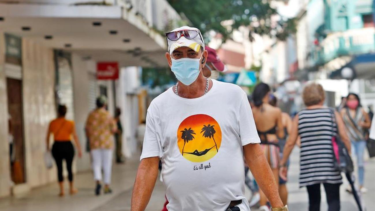 El Gobierno regulará el mercado de las mascarillas y no valdrán las hechas en casa