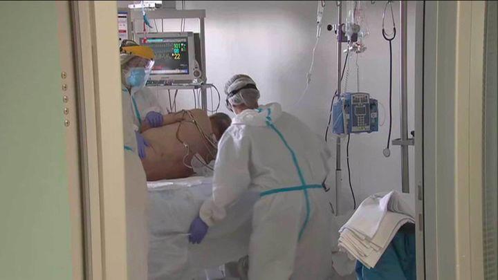 Sanidad registra 13.318 nuevos casos y 140 fallecimientos por Covid-19