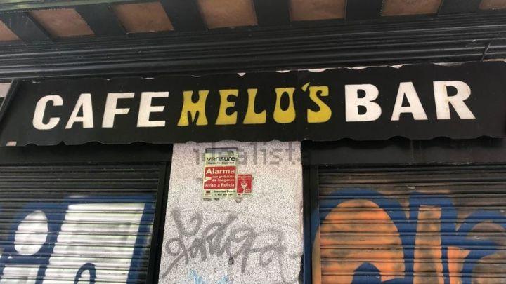 Adiós a las 'zapatillas' del bar Melo's en Lavapiés