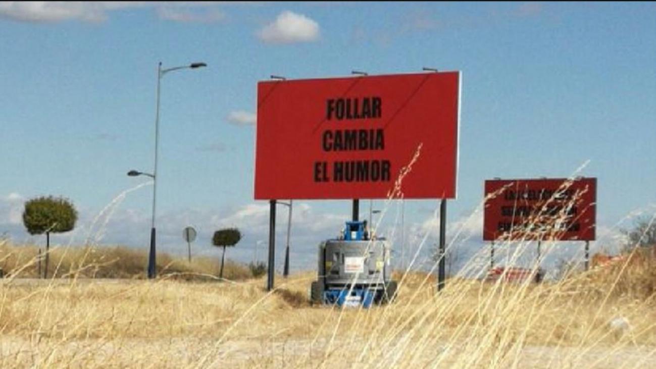 Polémicos carteles en Campo Real en la carretera que une la localidad con Valdilecha