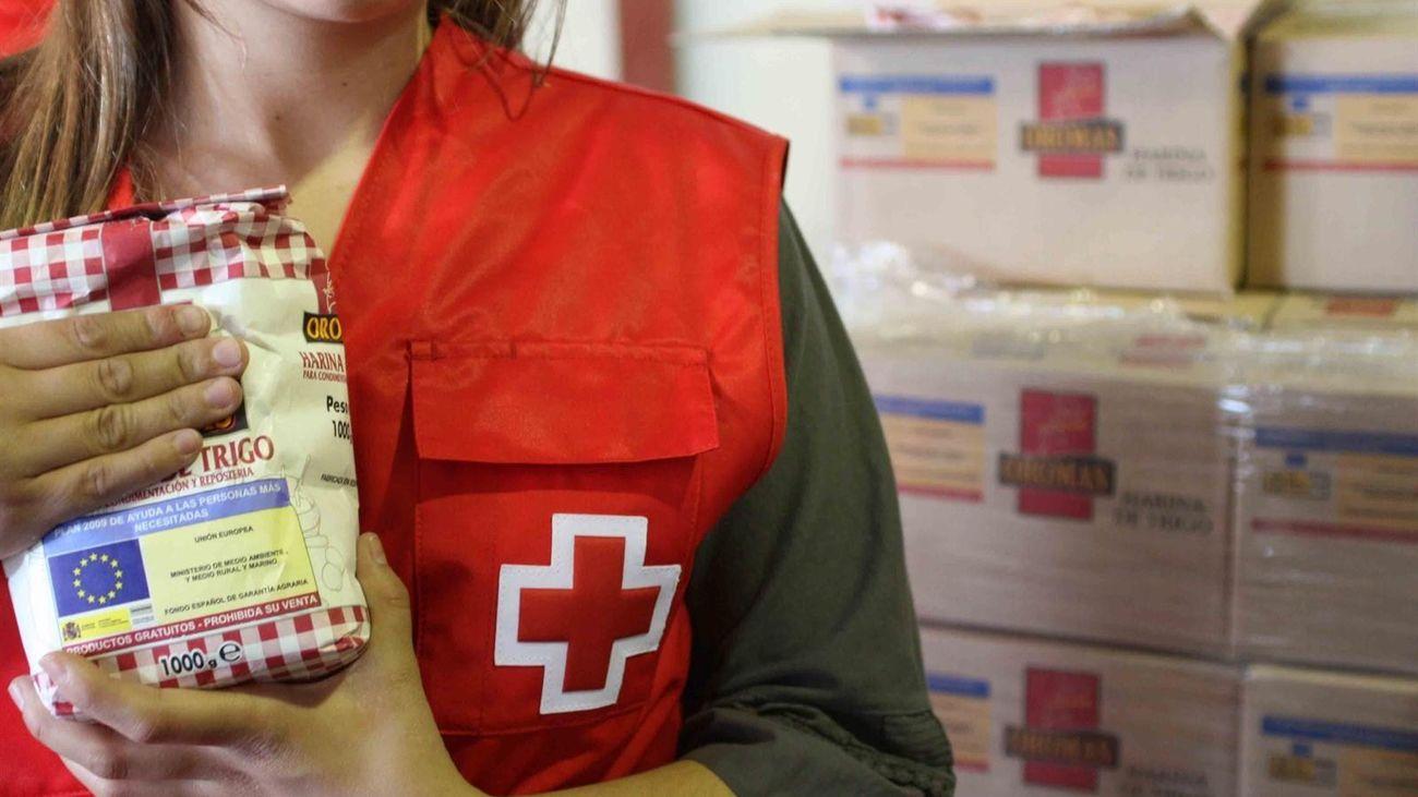 Cruz Roja distribuye alimentos con el Plan 'Responde frente al Covid-19'