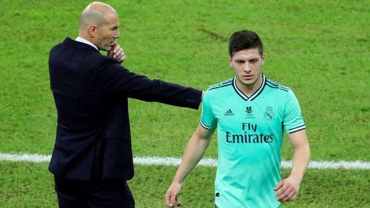 """Zidane: """"A Jovic le pedí yo, se dicen tonterías"""""""