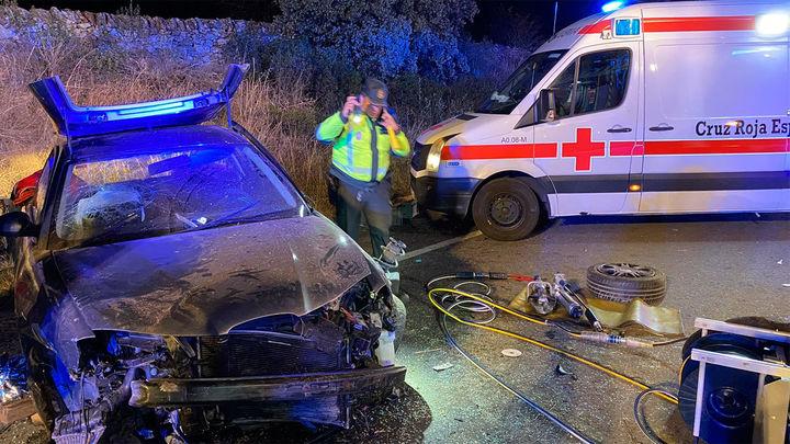 Un choque frontal entre dos vehículos en Manzanares el Real provoca 3 heridos