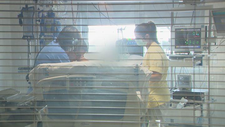 Sanidad informa de 37.889 nuevos contagios y 217 muertos másdesde el viernes