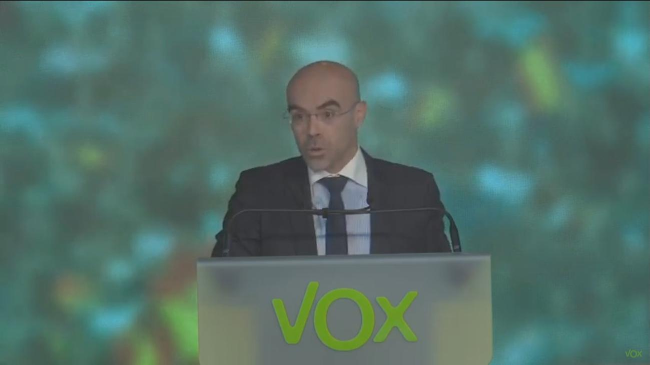 Vox avisa al PP que no apoyar la moción es preferir a Sánchez en el Gobierno