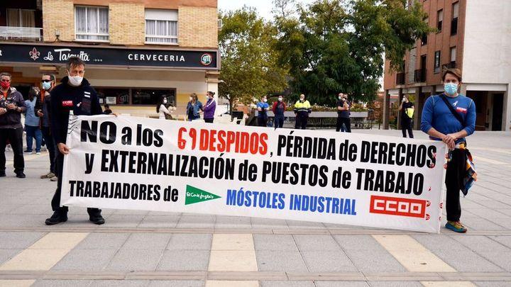 Los trabajadores de Móstoles Industrial SA marchan hasta el Ayuntamiento