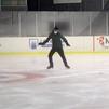 Javier Fernandez, 'pillado' mientras se quita el gusanillo patinando en Valdemoro