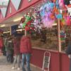 Instalan ya el mercadillo de Navidad en la Plaza Mayor