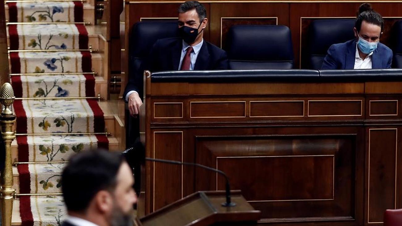 """Abascal pide acabar con la """"anomalía política"""" del Gobierno de Sánchez, que critica a Vox por querer """"dividir"""""""