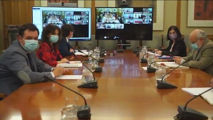 Gobierno y Comunidades aplazan la decisión sobre el toque de queda