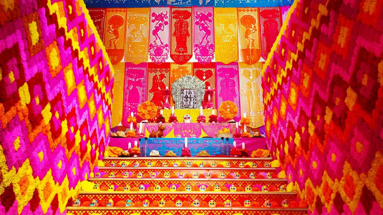 Mega-Altar de Muertos 2020 - Casa de México