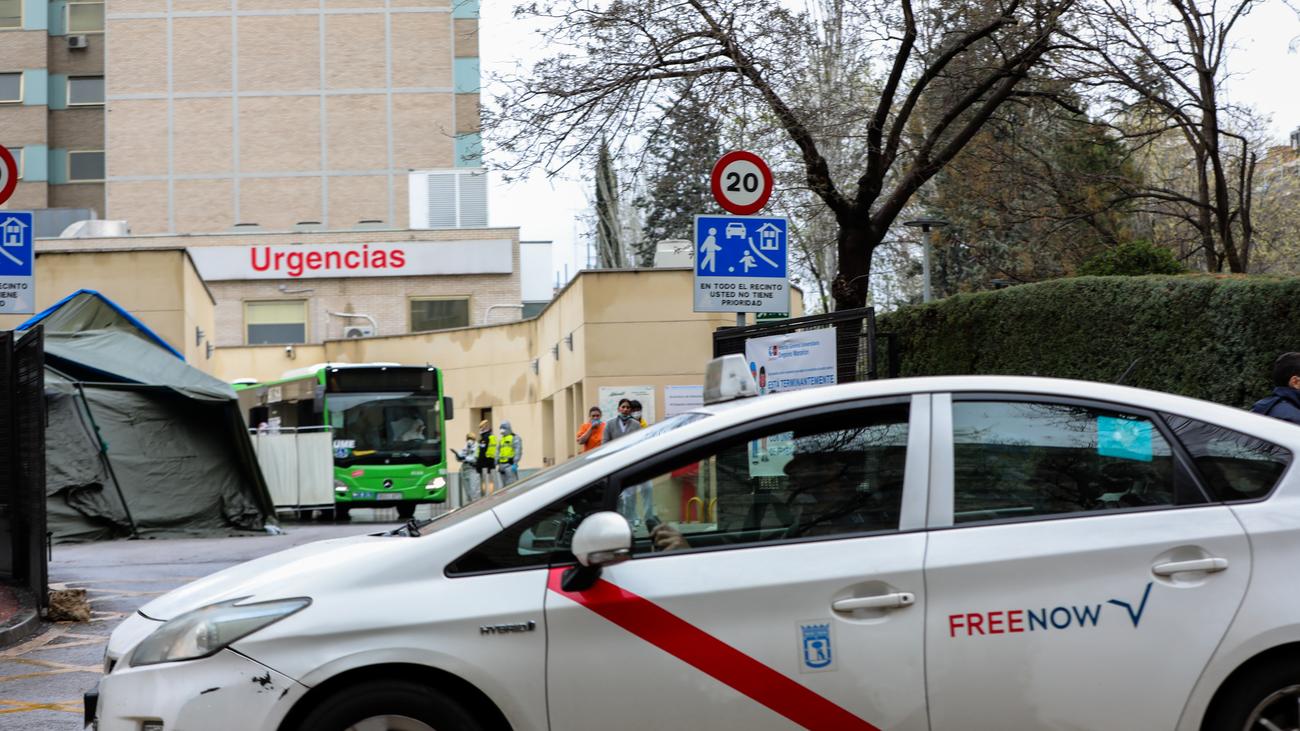 """SOS del sector del taxi madrileño: """"Nos sentimos abandonados"""""""