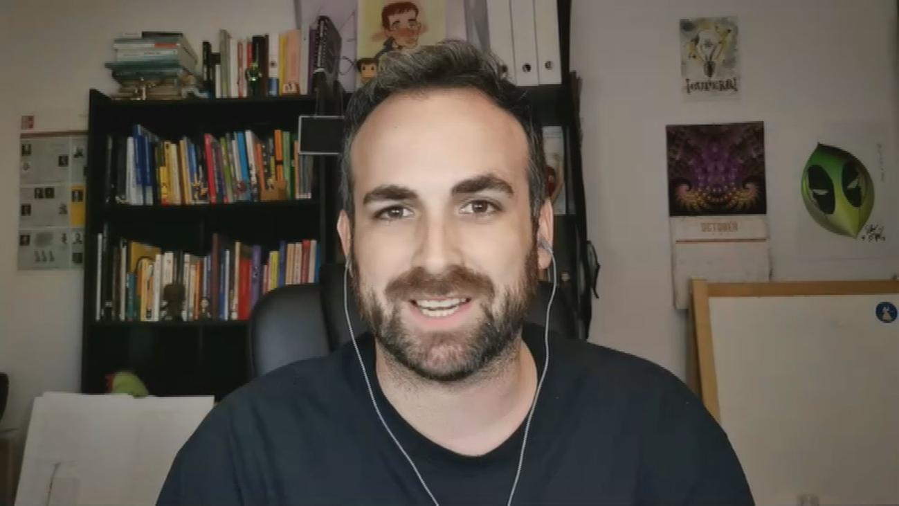 """Santiago García Cremades, divulgador científico: """"Estamos viviendo una tercera ola"""""""