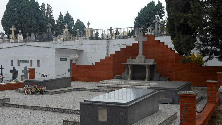 Los vecinos denuncian deficiencias en el cementerio de Aranjuez
