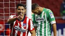 Luis Suárez firma su mejor arranque goleador
