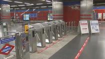 Metro de Madrid estudiará un posible cierre adelantado por la bajada de usuarios con el toque de queda
