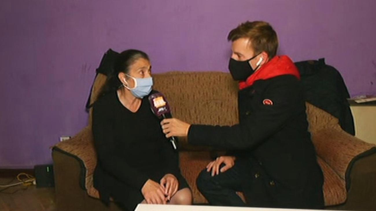 """Hablamos con Adoración, la mujer desahuciada en Carabanchel: """"Ha sido la noche más larga de mi vida"""""""