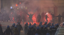 Violenta protesta en Roma contra las restricciones mientras suben los contagios en toda Europa