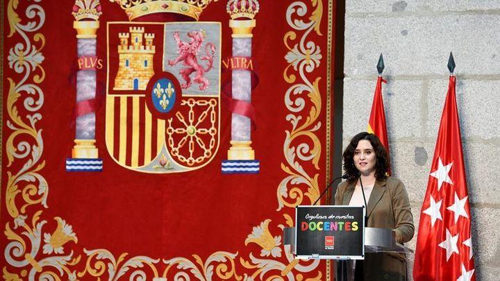 """Ayuso ordena el cierre de Madrid """"los días imprescindibles"""" de los puentes de Todos los Santos y de la Almudena"""