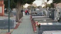 Los madrileños adelantan sus visitas al cementerio de la Almudena