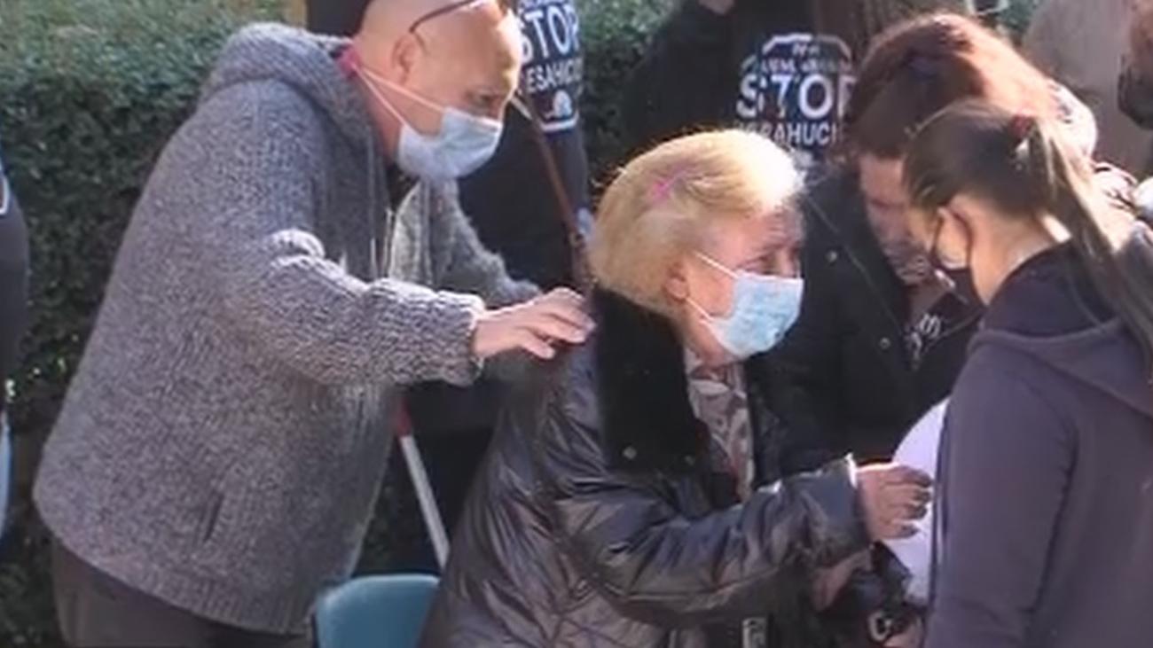 Se suspendeel desahucio de Mayte y su familia en Fuenlabrada