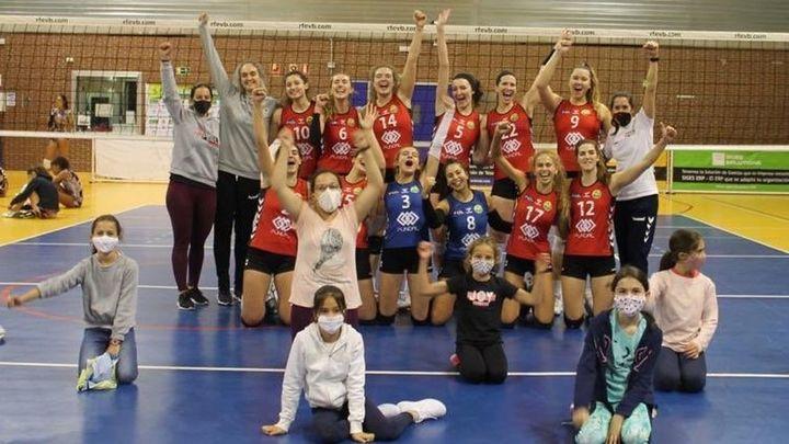 Feel Volley Alcobendas da la gran sorpresa ante el líder de la Superliga Femenina