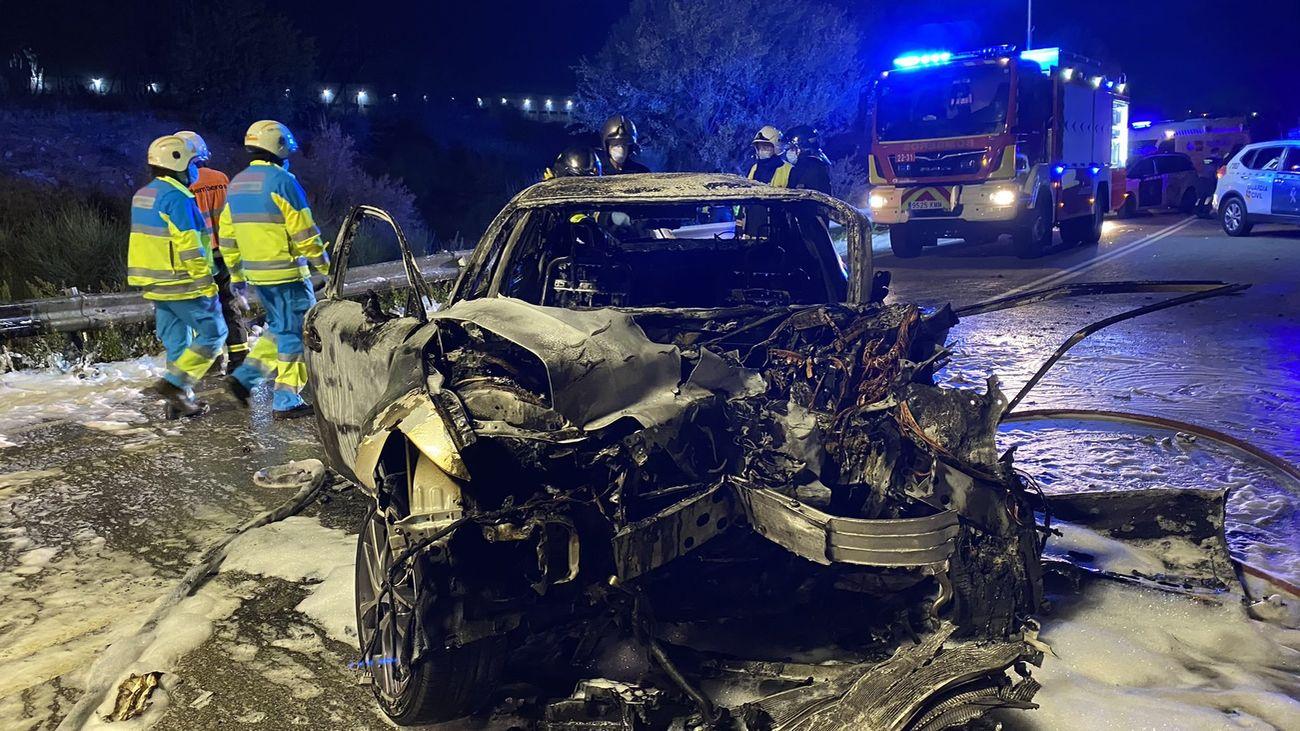 Dos fallecidos y seis heridos tras un choque frontal en la M-100 en Daganzo de Arriba